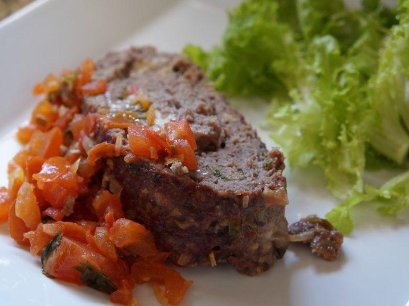 Receita prática: rocambole de carne moída